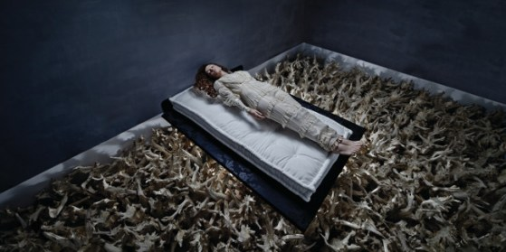 Tania Brassesco & Lazlo Passi Norberto, Sleeping Beauty, 2011, dalla serie Fairy Tales Now