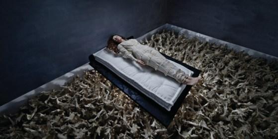 Tania Brassesco & Lazlo Passi Norberto, Sleeping Beauty, 2011, dalla serie Fairy Tales Now70 x 140 cm - Edizione limitata