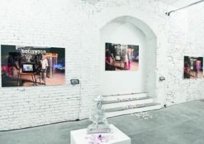 Veduta della mostra Free to Dream, Fabbrica Eos, Milano