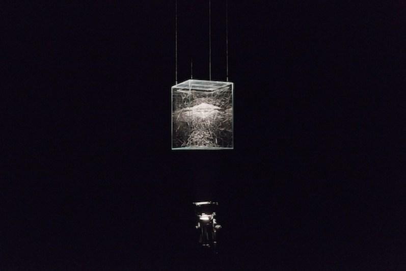 Tomás Saraceno, Cosmic Jive: Tomás Saraceno. The Spider Sessions, veduta dell'installazione a Villa Croce, Genova. Courtesy PinkSummer, Andersen's Contemporary, Tanya Bonakdar, Esther Shipper, ph. Nuvola Ravera