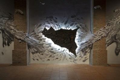 Fulvio Di Piazza, L'isola nera (dett.), 2014, carta pesta e acrilico, installazione site-specific, dimensioni ambientali, ph. Giuseppe Veniero