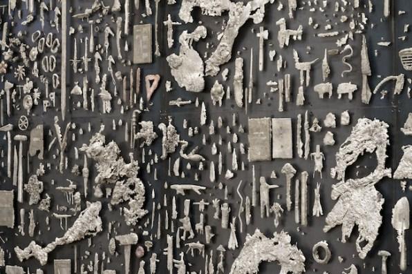 Nick van Woert, Garden of Forking Paths, 2013 (particolare) acciaio, bronzo bianco, rame, bronzo bianco scurito 304.8 x 609.6 x 10 cm Grimm Gallery, Amsterdam immagine courtesy l'artista e Grimm Gallery, Amsterdam foto Joshua White