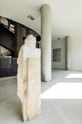 the inner outside, veduta dell'opera di Mattia Bosco e Tiziano Martini, in mostra a Casso, foto Giacomo de Donà
