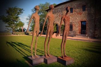 G. Moroder, Guardare Oltre, installazione site specific Castello di Casole, Siena