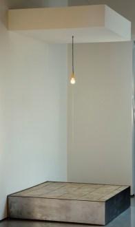 Robert Whitman, Untitled (Light Bulb), 1994-1995, Courtesy the artist and Broadway 1602, New York. Pinault Collection. Installation view at Palazzo Grassi 2014. Ph: © Palazzo Grassi, ORCH orsenigo_chemollo