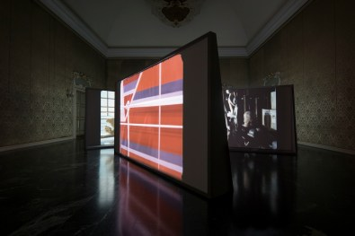 Rosa Barba, The Hidden Conference, installation view