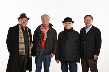 Group Photo (from left): Ha Chong-Hyun, Lee Ufan, Park Seo-Bo, Yongwoo Lee (curator) Photo Keith Park Image provided by Kukje Gallery