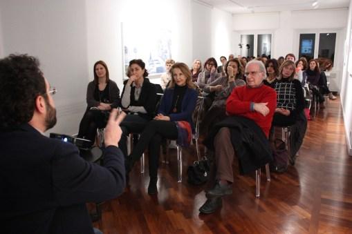 Grande Vetro di Marcel Duchamp con Claudio Verna. Foto di Francesco Basileo