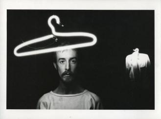 Ferruccio Ascari e Gustavo Frigerio, Quiescente Obliqua, 1981, videoinstallazione e performance Proprietà dell'artista Foto di Silvia Lelli