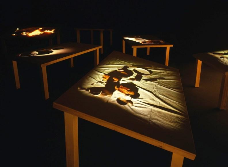 STUDIO AZZURRO, Tavoli (perché queste mani mi toccano) Ambiente sensibile 1995 Milano, Triennale, Oltre il villaggio globale