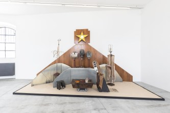 Edward Kienholz, The Nativity, 1961 - foto Delfino Sisto Legnani. Courtesy Fondazione Prada