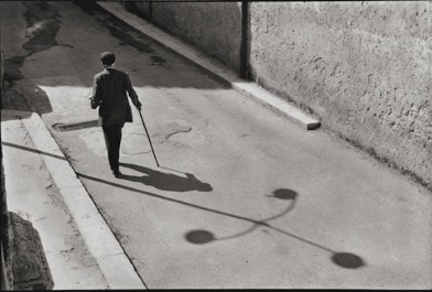 Leonard Freed, Sicilia, 1974, later print, 27.9x35.2 cm © Leonard Freed - Magnum (Brigitte Freed)