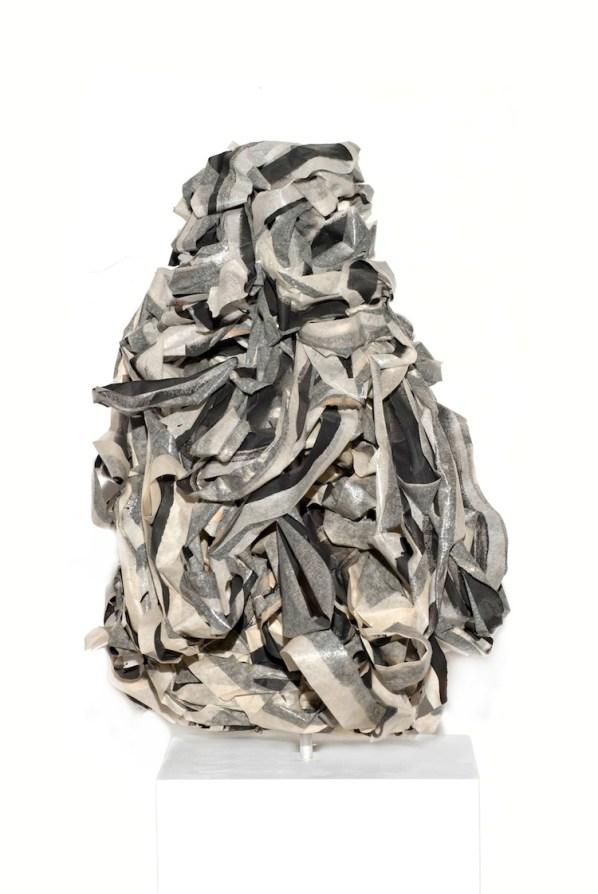 Giulio Cassanelli, Time, 2016, scotch carta, acrilico, 40x26x31 cm