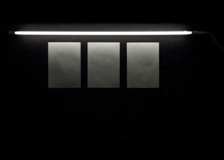 Patrizia Novello, Geografia #3, 2015, installazione di 3 carte e luce al neon, carte 29.7x21 ciascuna e neon 120 cm Courtesy Nuova Galleria Morone, Milano