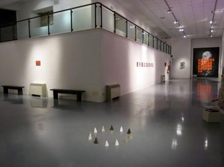 Lapo Simeoni, veduta della mostra Things left unsaid, Museo Albornoz, Narni