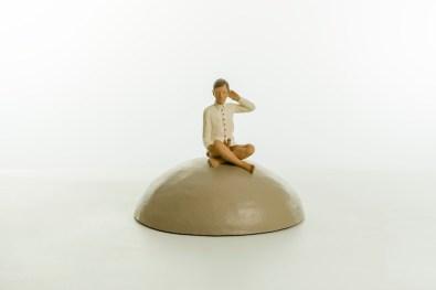 Nando Crippa, Milarepa, 2013, terracotta dipinta, 27x33.5x33.5 cm Courtesy Galleria Melesi, Lecco Foto © Stefano Pensotti