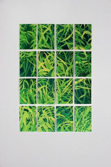 Barbara Baroncini (Bologna 1989), È l'immagine che ho dentro, 2016, tempera su carta, 16 pezzi ciascuno da 14x21 cm. ciascuno (16 pezzi), particolare dell'installazione complessiva con Per non essere banali, 2015, incisione su lastra di zinco, 8 pezzi ciascuno da 10.5x15; Ricordo, 2016, video proiezione, 10', edizione 1/3