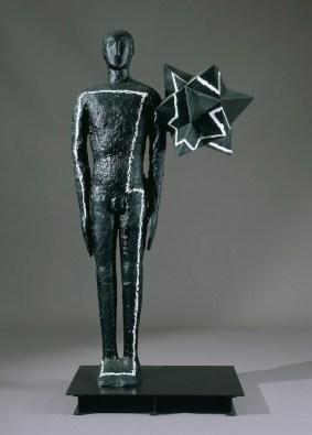 Mimmo Paladino, Senza titolo, 2005, alluminio e ferro dipinto, 202x98x65 cm