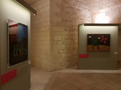 Mario Schifano e la Pop Art in Italia, veduta dell'allestimento, Castello di Carlo di V, Lecce
