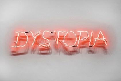 Anne & Patrick Poirier, Dystopia, 2017, neon, 120x30 cm Courtesy Galleria Fumagalli, Milano © Anne & Patrick Poirier Foto Antonio Maniscalco, Milano, 2017