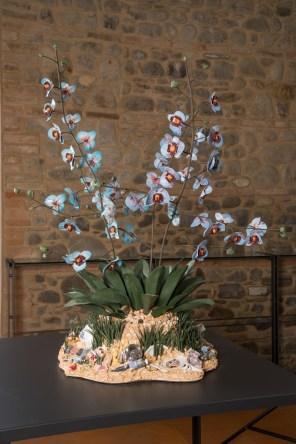 """Bertozzi & Casoni, Disgrazia con orchidee blu"""", 2013, ceramica policroma, cm. h. 98 x 81 x 78"""