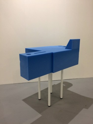 Parasite 2.0, Giano, 2018, spugna, 70x100x90 cm, Maurizio Corraini