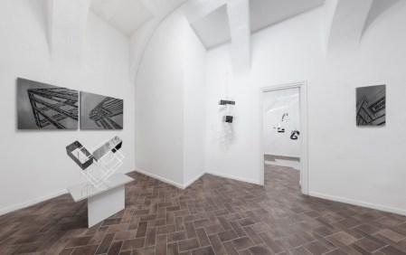 Nadia Galbiati. Luoghi, veduta della mostra, E3 arte contemporanea, Brescia