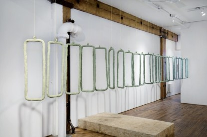 Anders Ruhwald, The Shades About to Fall (Division), 2010, ceramic, 80x25x673 cm