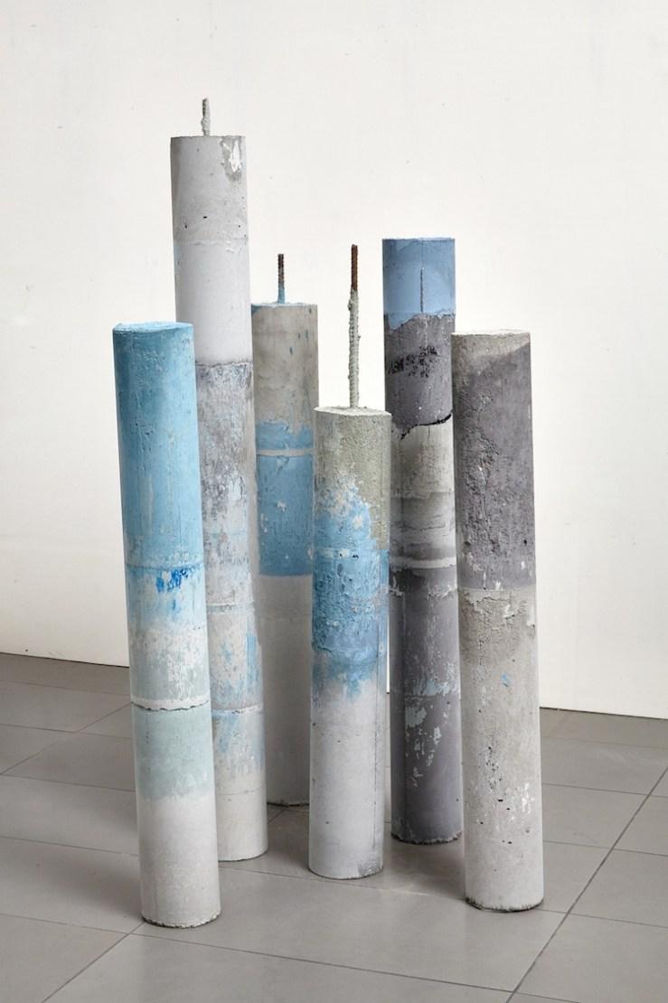 Alice Paltrinieri, Namazu, 2017, cemento e pigmento, dimensioni variabili Foto courtesy Simon d'Exéa