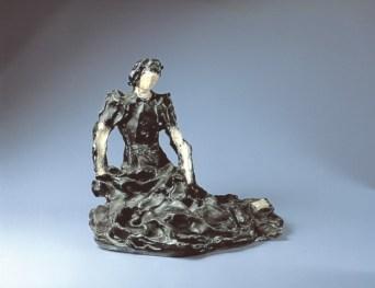 Lucio Fontana, Donna seduta, 1938 ceramica policroma a terzo fuoco, 38x32 cm Montrasio Arte Monza e Milano