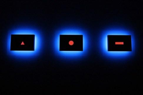 Nanda Vigo, Palazzo Reale, Milano, 2019, opera: Trilogia, Light progressions omaggio a G. Ponti L. Fontana P. Manzoni Photo Credit Marco Poma Courtesy Archivio Nanda Vigo