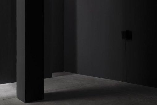 L'orecchio di Dionisio, veduta della mostra (Simone Forti, Face Tunes, 1967, 10'15), Galleria Raffaella Cortese, Milano Foto Lorenzo Palmieri Courtesy l'artista e Galleria Raffaella Cortese, Milano