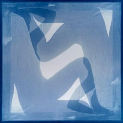 Manuel Scrima, Disembodiedness 030 (Matisse), 2013-2020, stampa su lastre di vetro, 100x100 cm Courtesy l'artista e Fabbrica Eos, Milano
