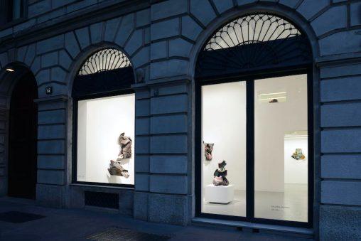 Kennedy Yanko. Because it's in my blood, veduta della mostra, Galleria Poggiali, Milano, 2020 Foto Michele Alberto Sereni