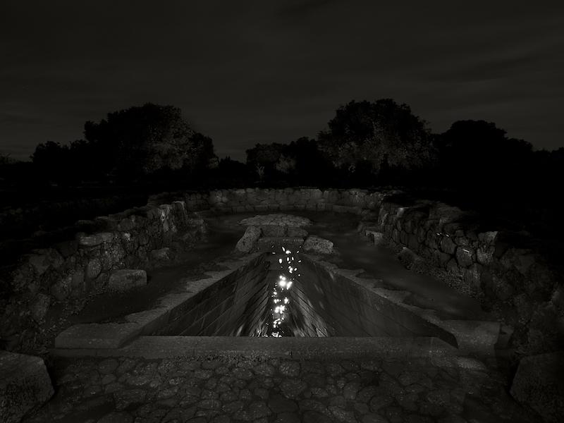 Ugo Ricciardi, Sacred pit and fireflies#1, Santa Cristina, Sardinia, 2018, B/N Courtesy Podbielski Contemporary, Milano