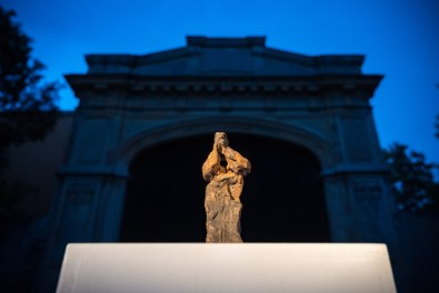 Verso sera. Emanuele Becheri (arte) © Ipercorpo 2021 - Foto Gianluca Camporesi