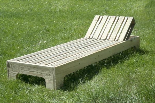 chaise longue en palette esprit cabane