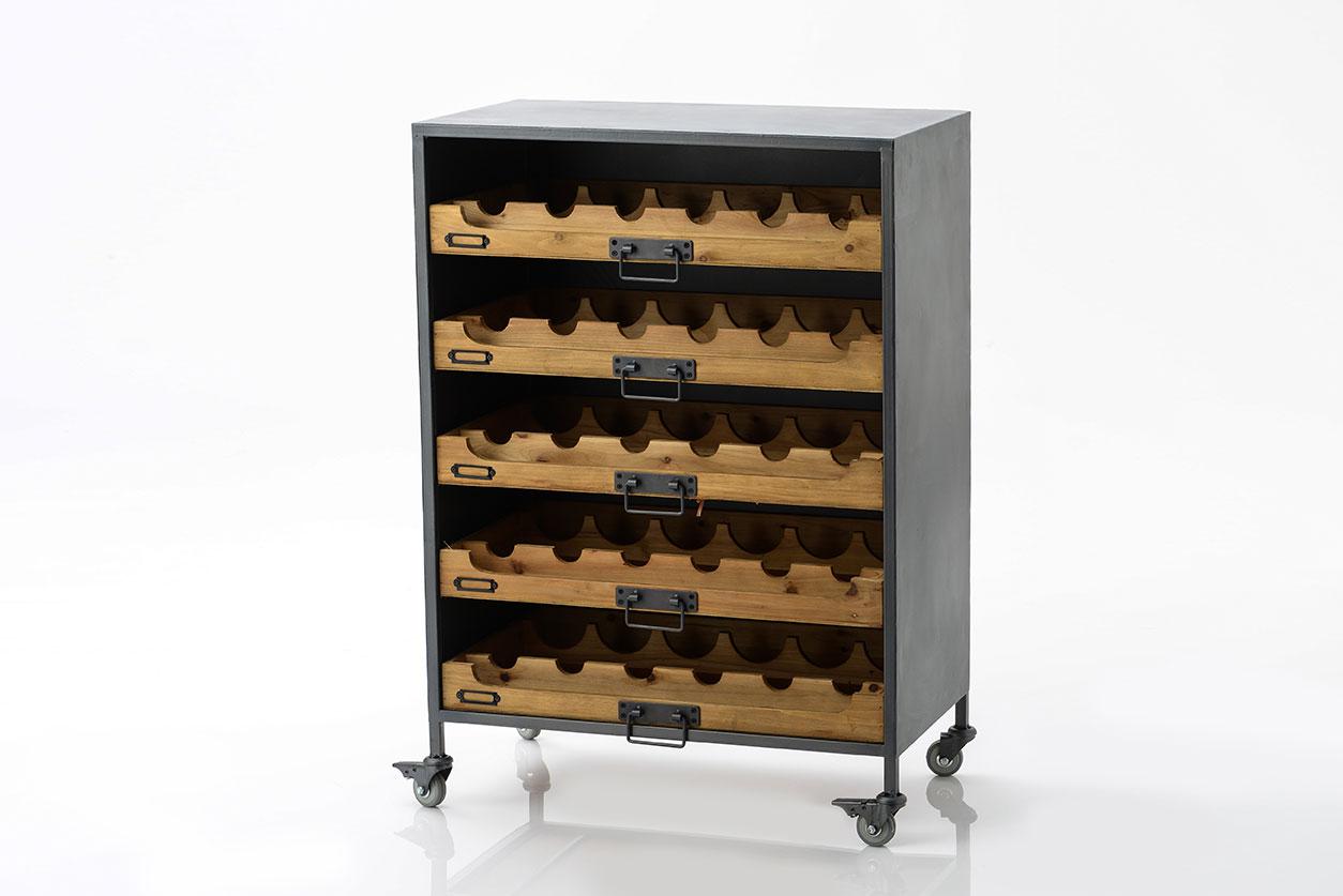 armoire range bouteilles en bois sur roulettes