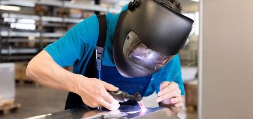 Welding Work Helmet  - greenlightvision_ch / Pixabay