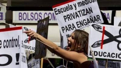 Greve geral paralisa todos os níveis de ensino em Espanha