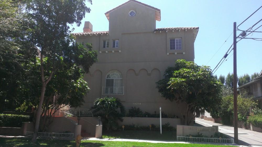 14234 Dickens Street, #4, Sherman Oaks, CA 91423