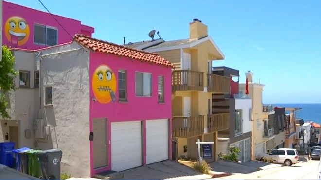 Homeowner Exacts Emoji Revenge On Snitching Neighbor