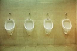 17. Baño Público 2