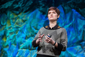 Amber Case, director of the Esri R&D Center in Portland, Oregon, speaks at the DevSummit about location-aware apps.