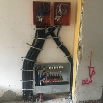 Distribuzione elettrica collettore impianto riscaldamento