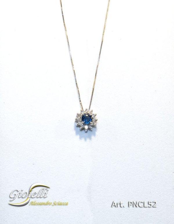 PNCL52 - Collana in oro bianco con pendente in diamanti e zaffiri naturali