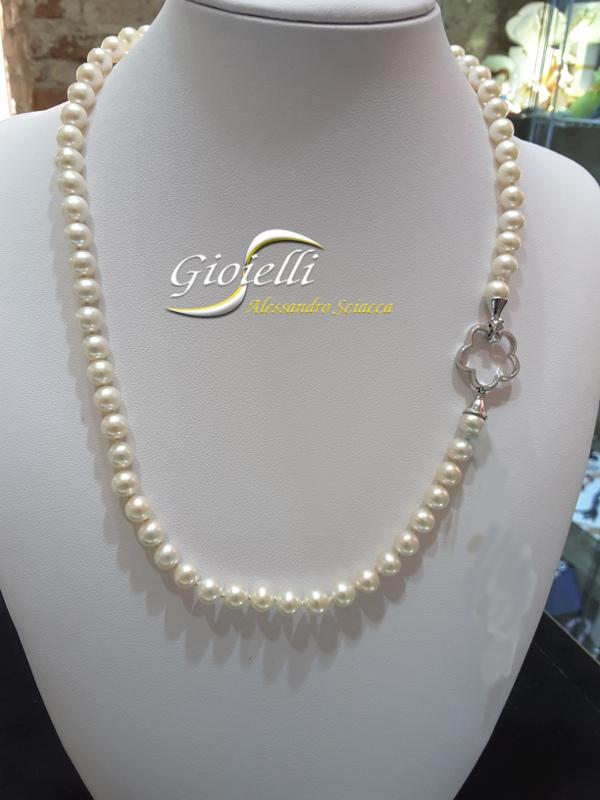 Perle di mare Akoya