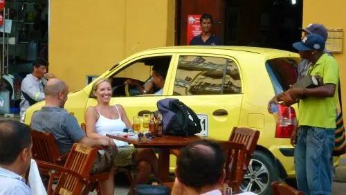 Reggaeton ao vivo na Plaza Santo Domingo