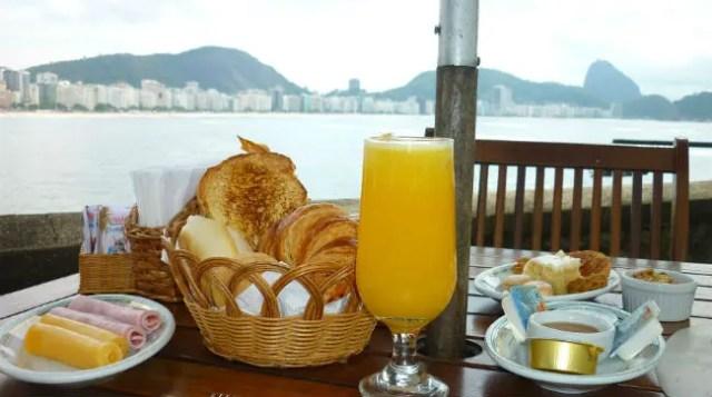 Café da manhã no Rio de Janeiro - Forte de Copacabana (Foto: Esse Mundo É Nosso)