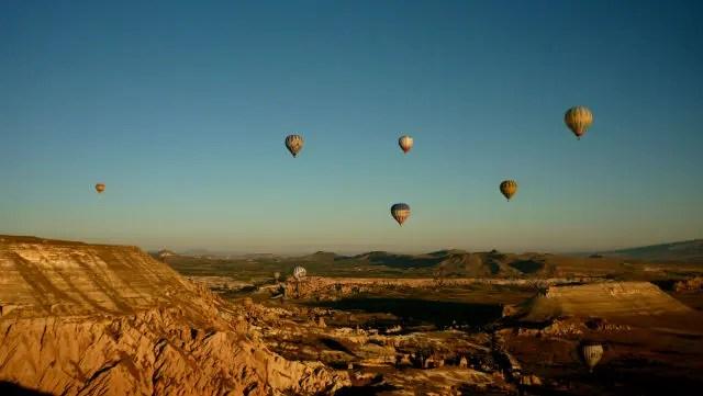 Voo de balão na Capadócia, Turquia (Foto: Esse Mundo É Nosso)